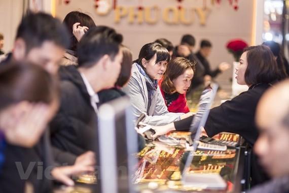 Đảo chiều tăng mạnh, giá vàng SJC vượt 57,7 triệu đồng/lượng