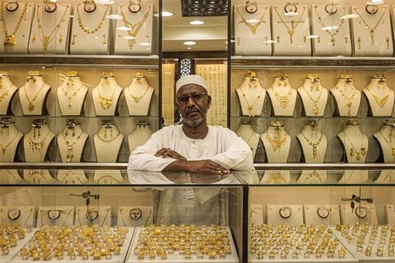 Một cửa hàng vàng ở Khartoum, Sudan. (Ảnh: AFP/TTXVN)