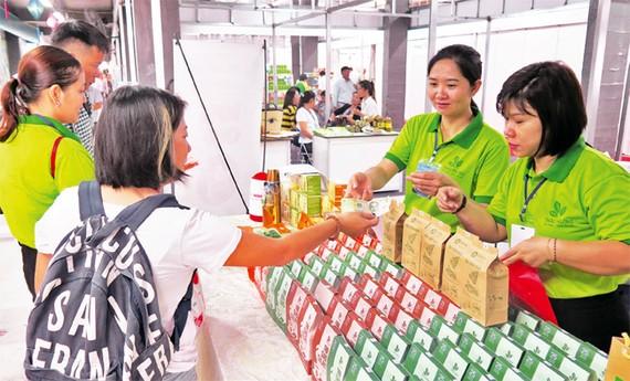 Kích cầu tiêu dùng, vực dậy nền kinh tế