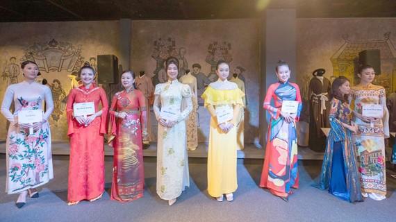 Lễ hội áo dài TPHCM lần 7: Tôi yêu áo dài Việt Nam