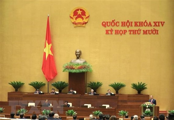 Quang cảnh phiên khai mạc Kỳ họp thứ mười, Quốc hội khóa XIV. (Ảnh: Văn Điệp/TTXVN)