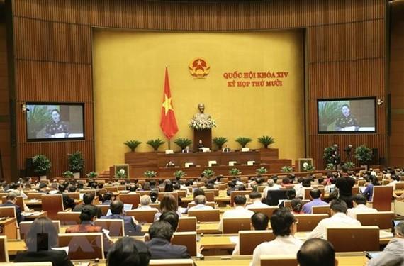 Quốc hội họp phiên toàn thể tại hội trường vào sáng 2/11. (Ảnh: Doãn Tấn/TTXVN)