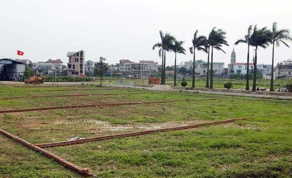 Giá đất nền vùng ven Hà Nội tăng chóng mặt trong thời gian qua - Ảnh: B.N