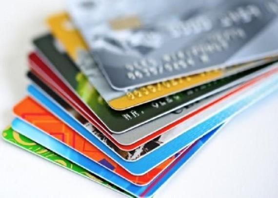 Thẻ ATM sẽ được thay thế bằng thẻ chip từ 31/3/2021.