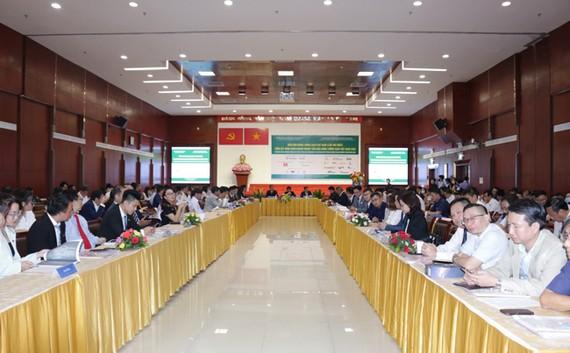Diễn đàn Năng lượng sạch Việt Nam 2020 (lần thứ nhất) đã thu hút sự quan tâm của nhiều doanh nghiệp trong lĩnh vực năng lượng sạch