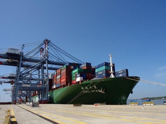 Cảng quốc tế Cái Mép đón siêu tàu container. (Ảnh: Đoàn Mạnh Dương/TTXVN)