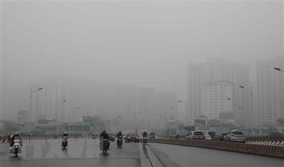 Hiện tượng sương mù tại Hà Nội. (Ảnh: Thanh Tùng/TTXVN)