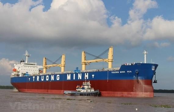 Tàu chở hàng rời Trường Minh có trọng tải 56.200 tấn. (Ảnh: Việt Hùng/Vietnam+)