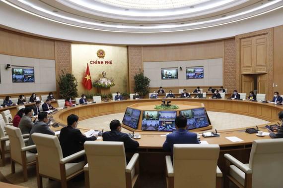 Cuộc họp trực tuyến của Ban Chỉ đạo quốc gia phòng chống dịch COVID-19 và Hải Dương, Quảng Ninh, Hà Nội - Ảnh: VGP