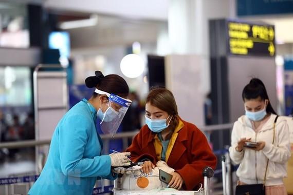 Cục Hàng không: Hành khách không khai báo y tế sẽ bị từ chối bay