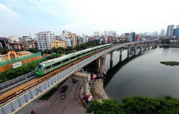 Dự án đường sắt đô thị Cát Linh-Hà Đông có thể vận hành thương mại cuối tháng 4/2021. (Ảnh: Huy Hùng/Vietnam+)