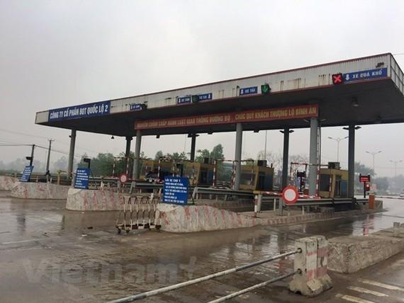 Trạm thu phí dự án BOT Quốc lộ 2 đoạn Nội Bài-Vĩnh Yên. (Ảnh: Việt Hùng/Vietnam+)
