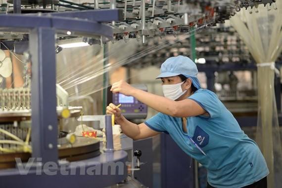 Kinh tế Việt Nam có thể tăng trưởng hơn 6% năm 2021