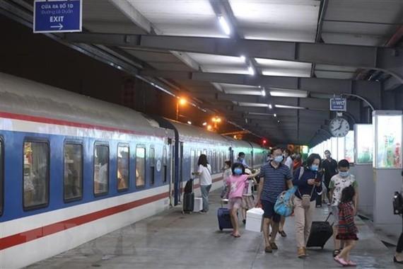 Từ 8-5, dừng chạy tàu Hà Nội-Yên Bái, Hà Nội-Hải Phòng do ảnh hưởng dịch