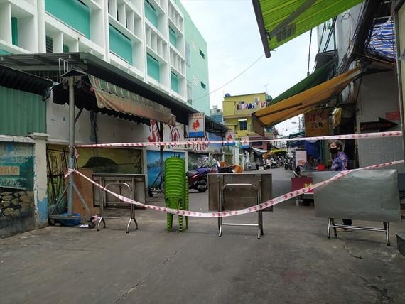 Tạm ngưng hoạt động kinh doanh ẩm thực tại tuyến hẻm 73B Hồ Thị Kỷ