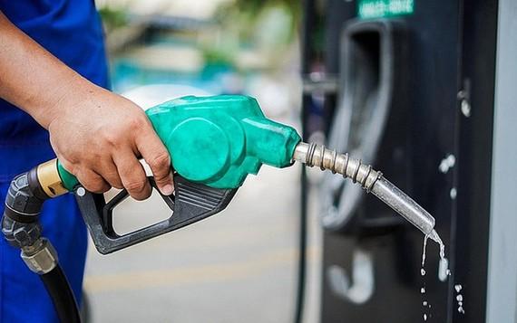 Từ 15 giờ: Giá xăng, dầu đồng loạt tăng