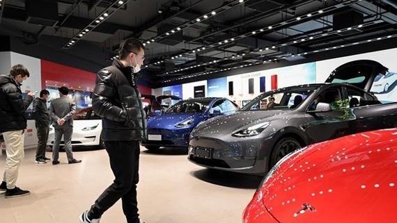 Giá ôtô dự kiến tăng đáng kể khi chi phí cao và sản lượng giảm