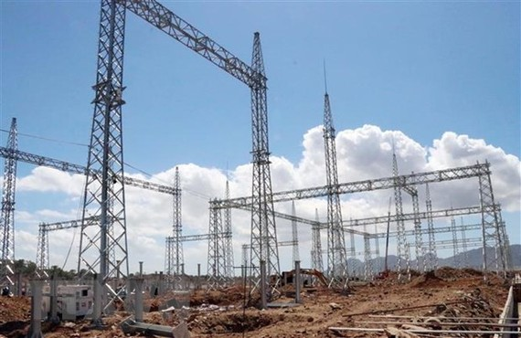 Dự án năng lượng tái tạo tại tỉnh Ninh Thuận được đầu tư bằng vốn đầu tư công. (Ảnh: Công Thử/TTXVN)