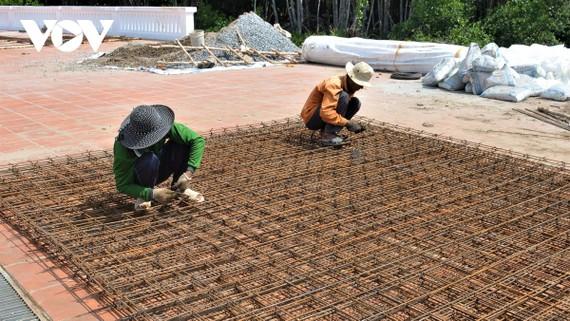 Nhà thầu lúng túng trước giá vật liệu xây dựng tăng đột biến