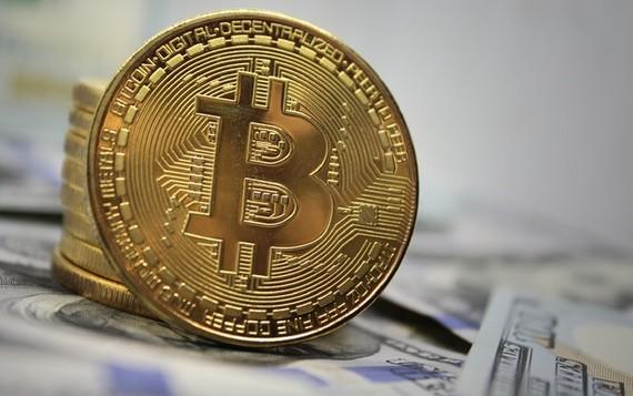 'Bitcoin đang ở trong cơn bão'