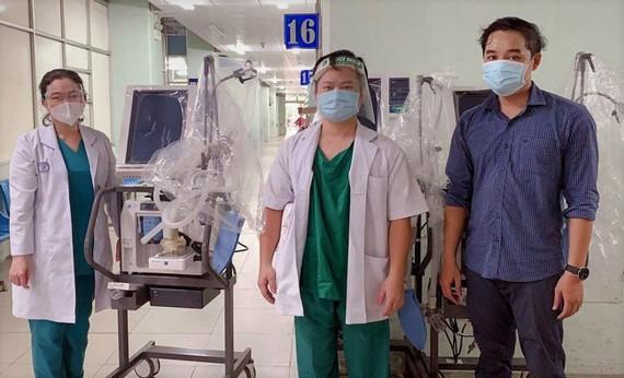 31 máy thở hiện đại do VPBank tài trợ đã được bàn giao cho các bệnh viện tại TPHCM và Long An ngay trong 2 ngày 19 - 20-7