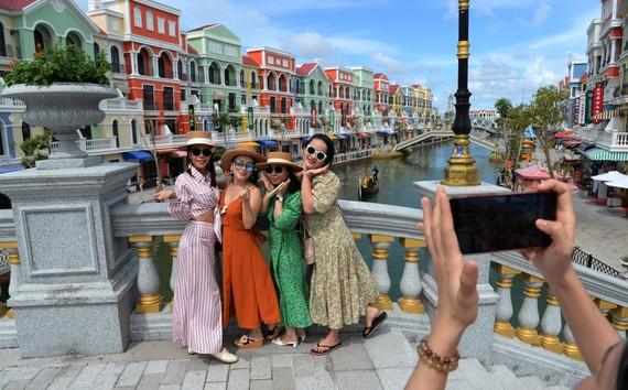 Phú Quốc được các chuyên gia du lịch đánh giá có nhiều điều kiện để sớm đón du khách quốc tế khi dịch được kiểm soát - Ảnh: T.T.D