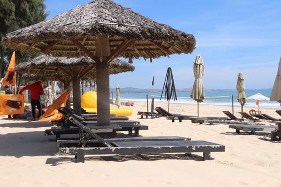 Bãi biển Mũi Né vắng bóng du khách từ nhiều tháng nay