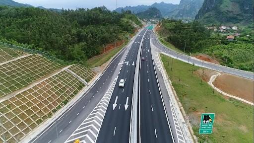 Tháo gỡ khó khăn huy động vốn triển khai các dự án đầu tư hạ tầng giao thông