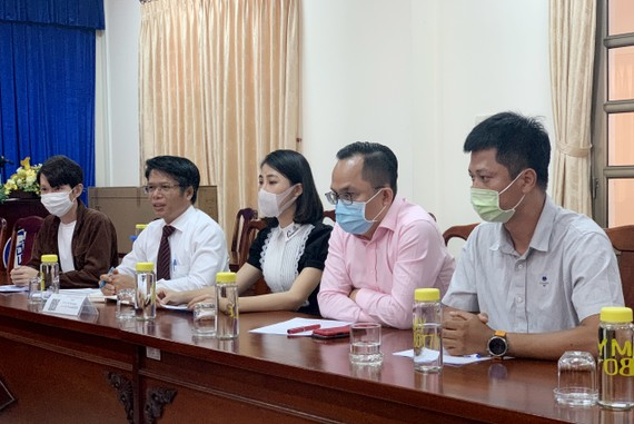 YouTuber Thơ Nguyễn tại buổi làm việc với cơ quan chức năng