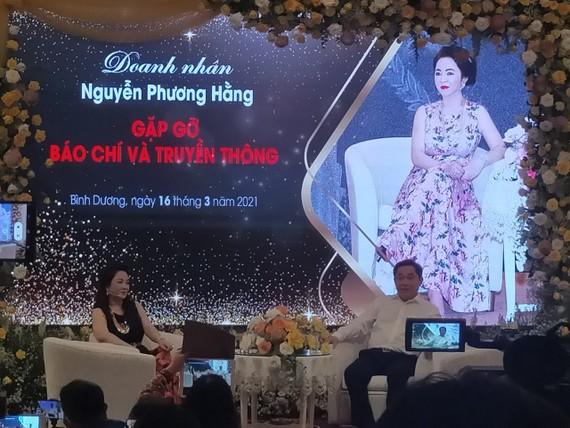 """Ông Huỳnh Uy Dũng thừa nhận từng ngộ nhận về """"thần y"""" Võ Hoàng Yên"""