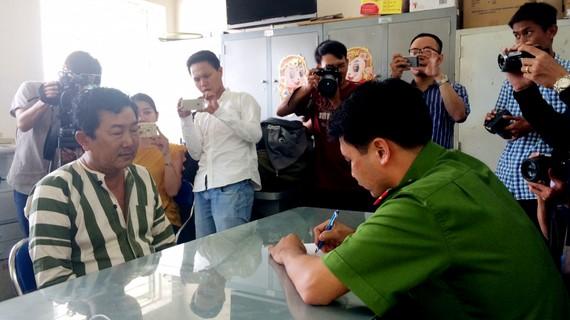 Bị can Phan Văn Ngoan tại cơ quan điều tra. Ảnh: ÁI CHÂN