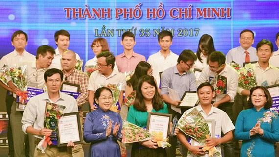 Tại giải báo chí TPHCM lần thứ 35, Báo Sài Gòn Giải Phóng nhận 7 giải báo chí, trong đó có 1 giải nhất, 1 giải nhì, 3 giải ba, 2 giải khuyến khích