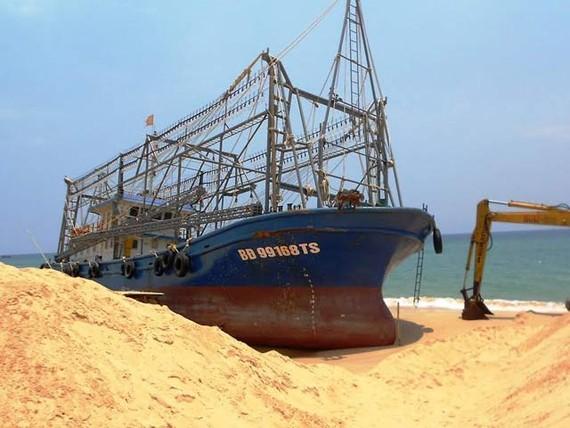 Tại tỉnh Bình Định ngay sau khi đưa tàu cá vào hoạt động đã phát hiện 18 tàu cá bị hư hỏng