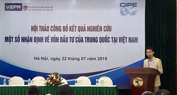 TS Nguyễn Đức Thành, Viện trưởng VEPR trình bày báo cáo nghiên cứu