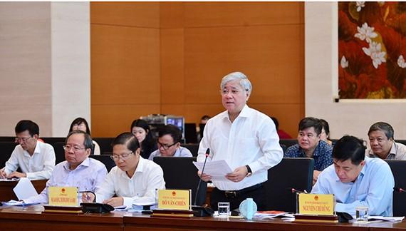 Bộ trưởng, Chủ nhiệm Ủy ban Dân tộc Đỗ Văn Chiến cho biết, ở đây có trách nhiệm của Ủy ban Dân tộc, lãnh đạo Ủy ban Dân tộc
