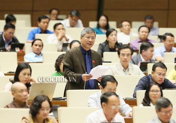 ĐB Nguyễn Anh Trí (Hà Nội) phát biểu tại phiên họp chiều 31-10-2019 của Quốc hội. Ảnh: QUOCHOI