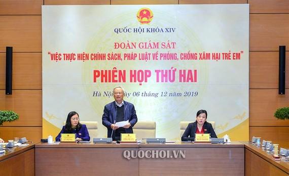 Phó Chủ tịch Quốc hội Uông Chu Lưu chủ trì phiên họp của Đoàn giám sát