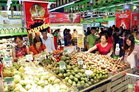 Trên thị trường Hà Nội, có 6/11 nhóm hàng có chỉ số giảm so với tháng trước (tháng 1-2020)