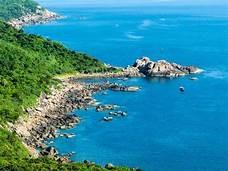 """Một góc biển Sơn Trà (Đà Nẵng), khu vực có nhiều doanh nghiệp, cá nhân mua đất """"chui"""""""