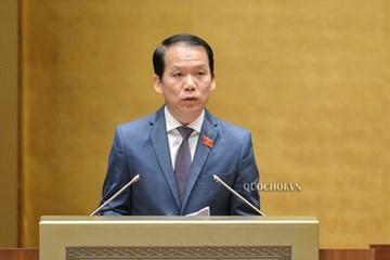 Chủ nhiệm Ủy ban Pháp luật Hoàng Thanh Tùng trình bày Báo cáo tiếp thu, chỉnh lý dự án Luật sửa đổi, bổ sung một số điều của Luật Tổ chức Quốc hội