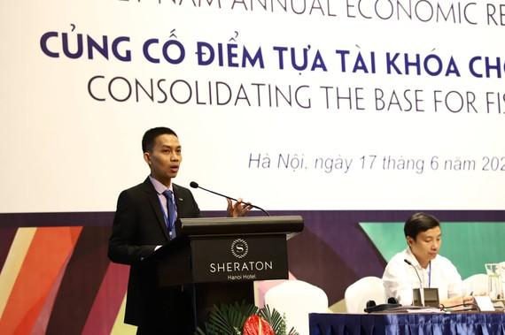 TS Nguyễn Đức Thành, chủ biên Báo cáo, phát biểu tại sự kiện