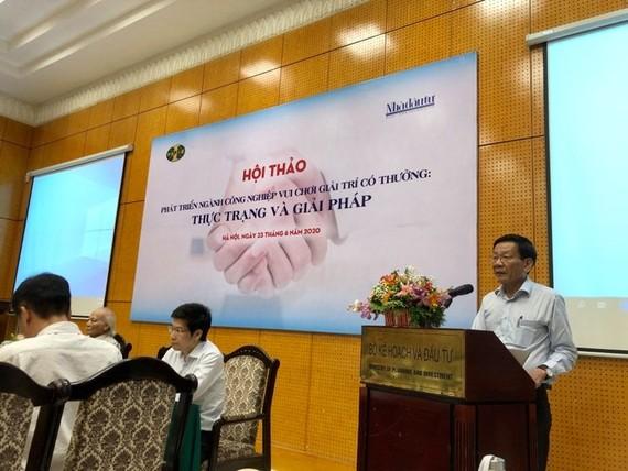 TS Nguyễn Anh Tuấn, Tổng biên tập Tạp chí Nhà đầu tư phát biểu tại Hội thảo