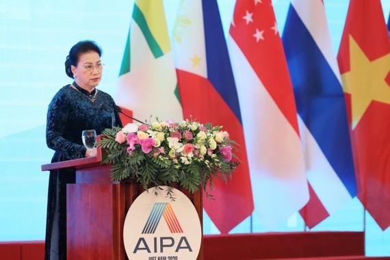 Chủ tịch Quốc hội Nguyễn Thị Kim Ngân, Chủ tịch AIPA 41 phát biểu khai mạc Đại hội đồng AIPA 41. Ảnh: QUANG PHÚC