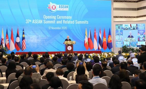 Tổng Bí thư, Chủ tịch nước Nguyễn Phú Trọng phát biểu chào mừng hội nghị. Ảnh: QUANG PHÚC