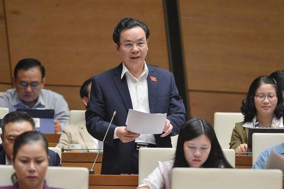 ĐB Hoàng Văn Cường (Hà Nội). Ảnh: VIẾT CHUNG