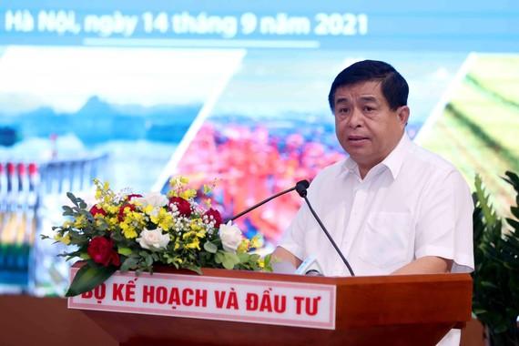 Bộ trưởng Bộ KHĐT Nguyễn Chí Dũng phát biểu tại Hội nghị