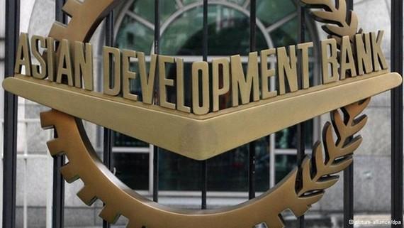 ADB vẫn lạc quan về triển vọng tăng trưởng của Việt Nam trong trung và dài hạn