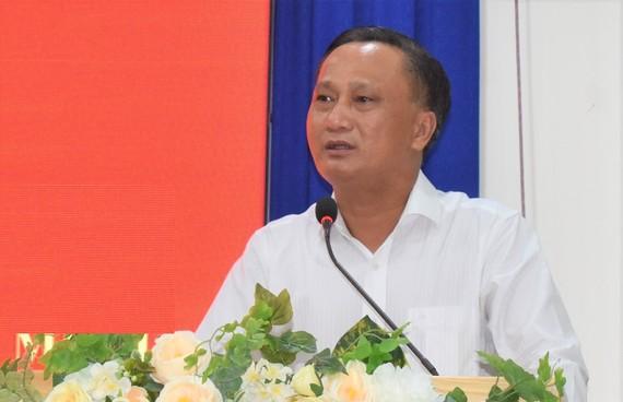 Ông Hà Hải phát biểu tại hội nghị