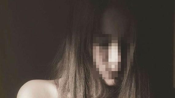 Chị P. tố cáo hoạ sĩ nổi tiếng hiếp dâm mình