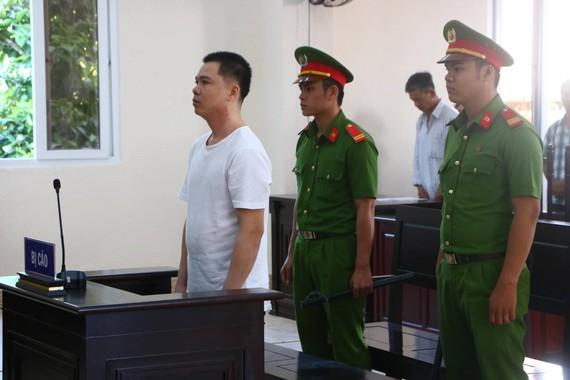 Bị cáo Trần Ngọc Vui tại tòa án